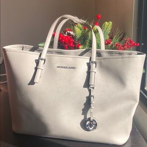 gorgeous gray Michael Kors large tote bag